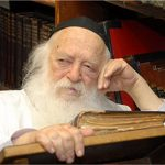 Rabbi Chaim Kanievsky Diagnosed with COVID-19