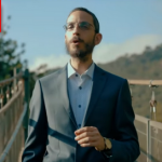 """New Music Video """"Lo Lefached"""" From Simche Friedman"""